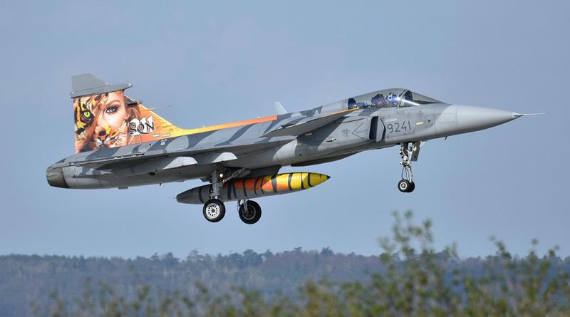2x JAS-39 Gripen